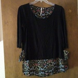 Black 3/4 Sleeve Blouse w/Floral Underlay